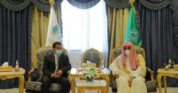 النائب العام يناقش سبل تعزيز التعاون مع نظيره اليمني