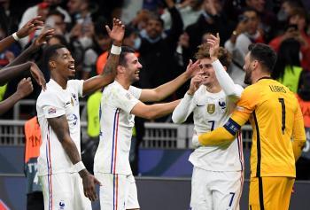 فرنسا تتوج بدوري الأمم الأوروبية بـ