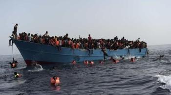 انتشال جثث 15 مهاجرًا قبالة السواحل الليبية