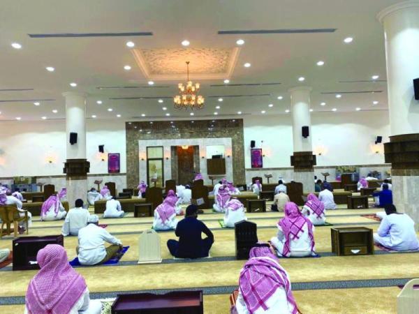 إعادة التدريس بجميع حلقات تحفيظ القرآن الكريم حضورياً