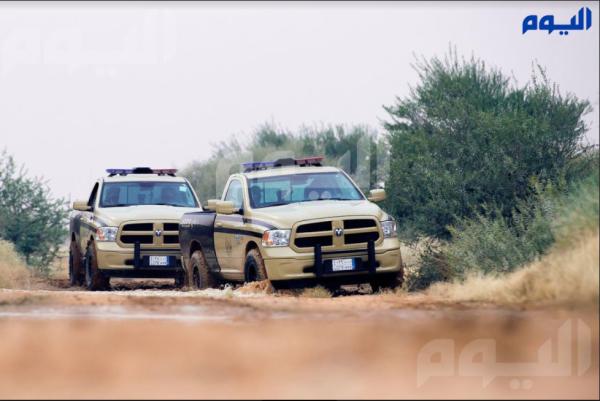 ضبط 8 مخالفين بحوزتهم 22 طائرًا مصيدًا و6 بنادق