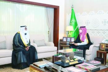نائب أمير الشرقية يوجه بتفعيل دور المركز الوطني للرقابة على الالتزام البيئي