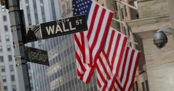 مؤشرات الأسهم الأمريكية تغلق على انخفاض