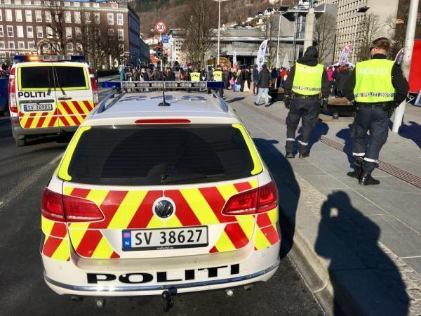مقتل 5 أشخاص وإصابة اثنين في هجوم بالنرويج