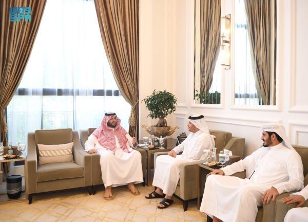نائب رئيس الوزراء القطري يستقبل الأمير تركي بن محمد بن فهد