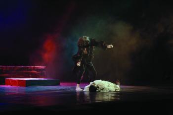 «رقصة الموت» في انطلاق «بيت المسرح» بفنون الأحساء