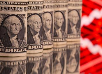الدولار يتراجع وسط تعاملات متقلبة