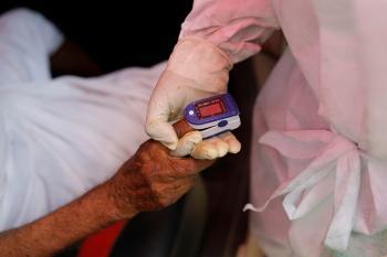 إصابات كورونا العالمية تتخطى 239.63 مليون حالة