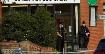 مقتل نائب بريطاني على يد شاب طعنه عدة مرات