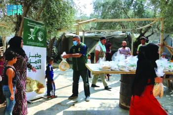 توزيع 20 ألف رغيف خبز بشمال لبنان يوميا