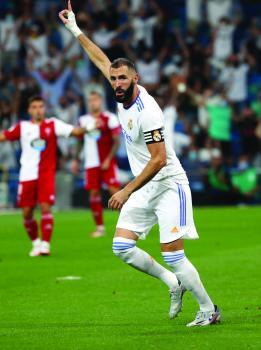 بنزيمة: مباراة برشلونة وريال مدريد . الأفضل حتى بدون ميسي  ورونالدو