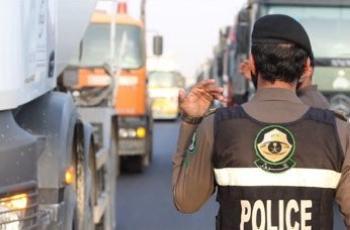 «الأمن العام» .. حملة ميدانية لضبط الشاحنات المخالفة