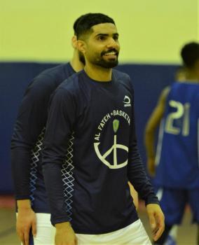 عبدالله الطاهر نجم كرة السلة بنادي الفتح يؤكد: منافسات السلة دون جمهور ضعيفة جدا