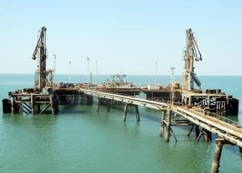 العراق.. إعادة تأهيل ميناء العَمْية لتصدير خام النفط