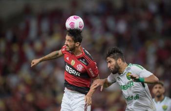 فلامنجو يتعادل مع كويابا في الدوري البرازيلي
