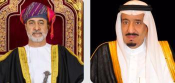خادم الحرمين يتلقى رسالة خطية من سلطان عُمان