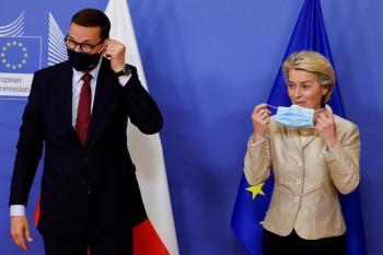 رئيس وزراء بولندا : الخلاف مع الاتحاد الأوروبي سوء تفاهم