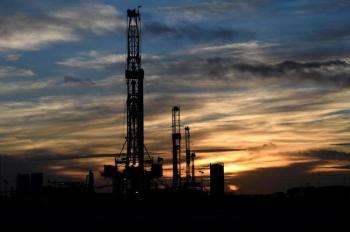 النفط قرب أعلى مستوياته في سنوات مع استمرار أزمة الطاقة