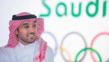 وزير الرياضة يهنئ الهلال ببلوغ نهائي آسيا