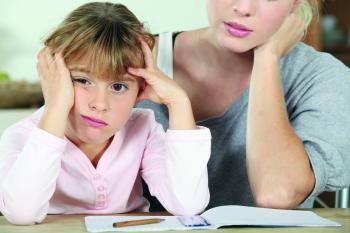 كثرة «الواجبات المدرسية» شبح يهدد إجازات وراحة الطلبة
