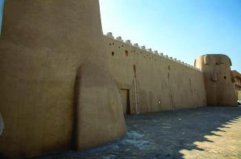 «قصر خزام».. يحكي أحداث قرنين من تاريخ الأحساء