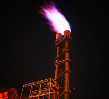 تراجع أسعار الغاز الطبيعي ومخاوف من نقص الإمدادات بالشتاء