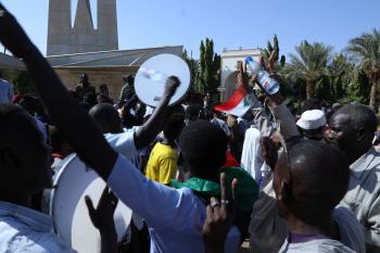 البرهان يؤكد حرص الجيش و«المدني» على إنجاح «انتقالية السودان»