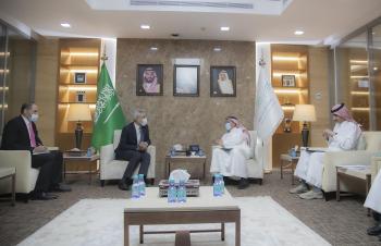 وزير التعليم يبحث تعزيز التعاون مع السفير العراقي