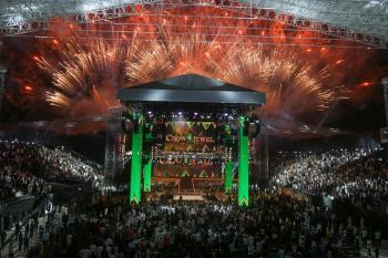 «WWE كراون جول».. فعالية ملتهبة بحضور نجوم المصارعة العالمية