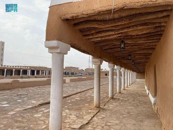 ترميم «درب زبيدة» وتأهيل السوق الأثري وقصر الملك عبدالعزيز