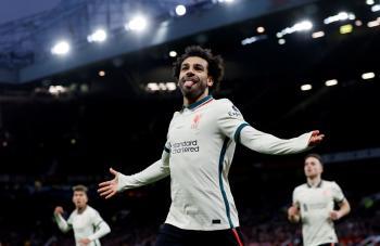 (هاتريك) صلاح يقود ليفربول لاكتساح مانشستر يونايتد بخماسية