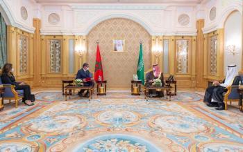 عاجل : ولي العهد يتسلم رسالة من ملك المغرب خلال لقائه رئيس الحكومة المغربية